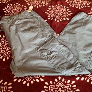 NWT Men's Gap Cargo beach pant. Size 36/30